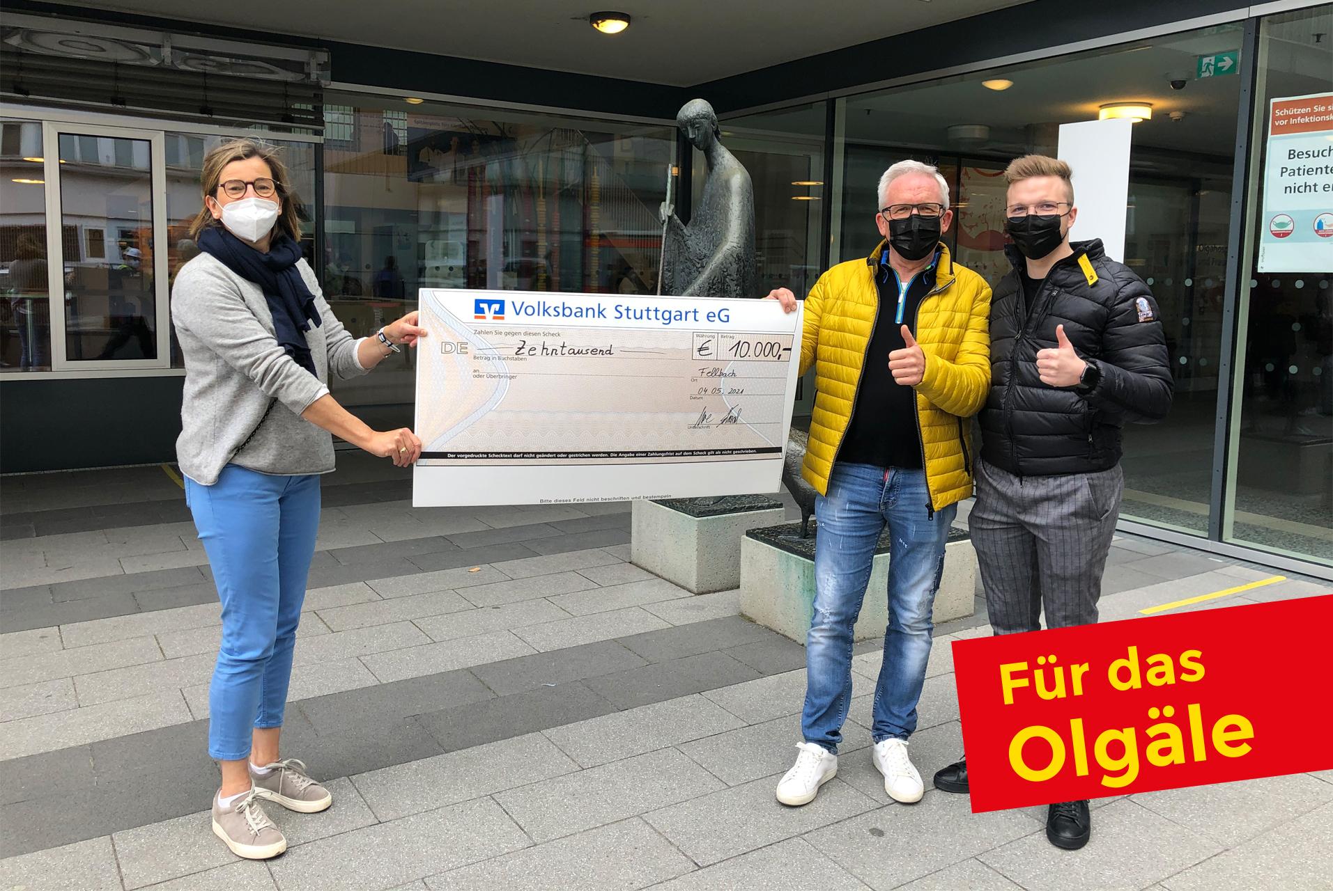 Spenden_Olgaele_Uebergabe_Schaal